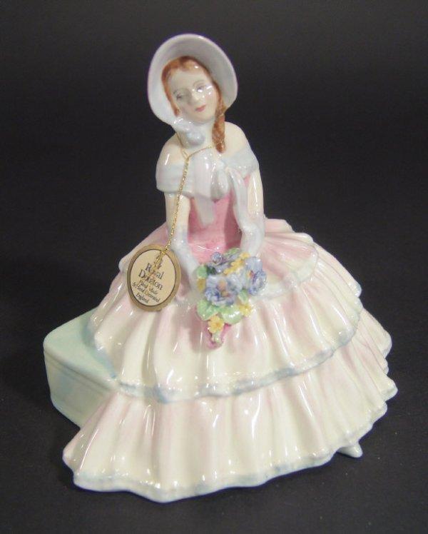 1207: Royal Doulton figurine 'Daydreams' HN1731, printe