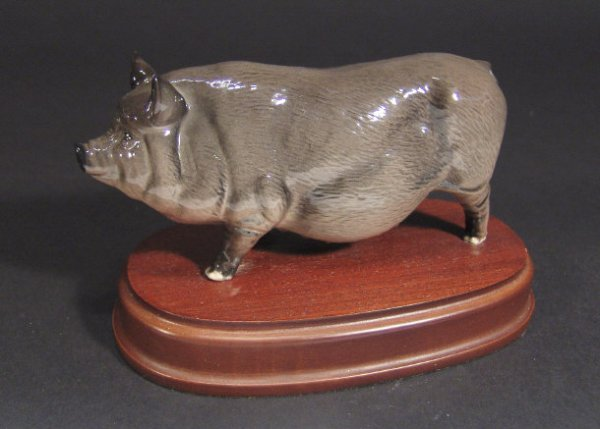 1224: Royal Doulton pot-bellied pig with hand painted d