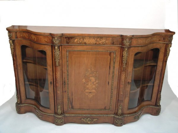 2: A good 19th century walnut and marquetry serpentine