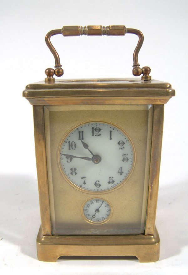 1474: French brass case carriage clock with bevelled gl