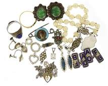 Vintage and later jewellery including silver and enamel