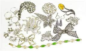 Vintage and later jewellery including a Swarovski