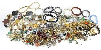 Vintage and later costume jewellery including