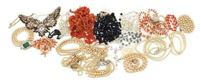 Vintage and later costume jewellery necklaces including