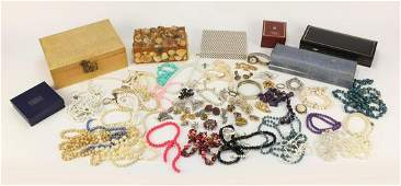 Vintage and later costume jewellery including an