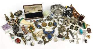 Vintage and later jewellery including Chinese and