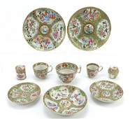 Chinese Canton porcelain comprising three cups with