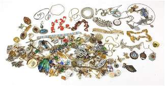 Vintage and later costume jewellery including brooches,