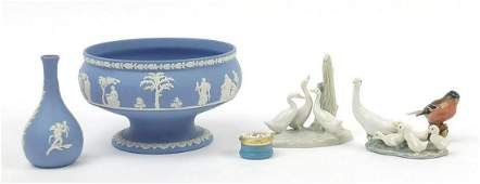 Collectable china including Wedgwood Jasperware,