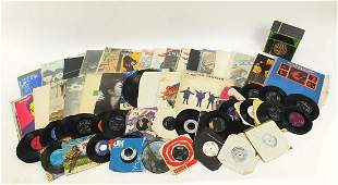 Vinyl LP's and 45rpm records including Led Zeppelin,