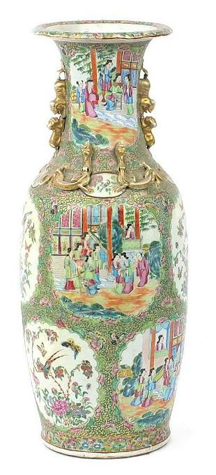 Large Chinese Canton porcelain vase with twin handles