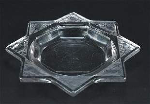 Rene Lalique Art Deco glass dish etched with eight