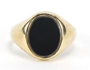 9ct gold black onyx signet ring, size G, 2.2g