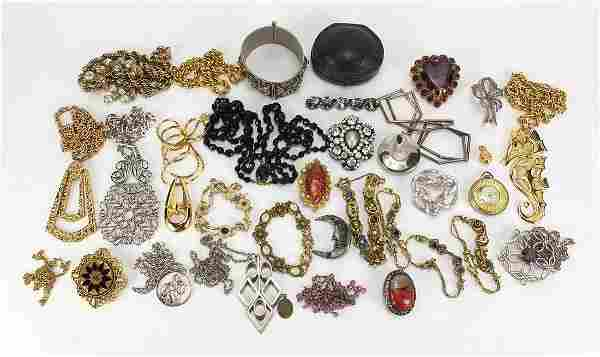 Vintage and later jewellery including a platinum pink