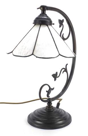 Bronzed table lamp with Tiffany design shade, 43cm high