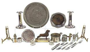 Metalware including a pair of silver napkin rings and