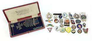 Vintage and later badges and medallions including Air