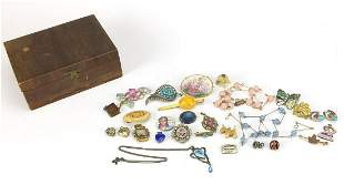 Antique and later jewellery including unmarked gold