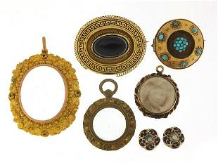 Antique and later jewellery including a ...