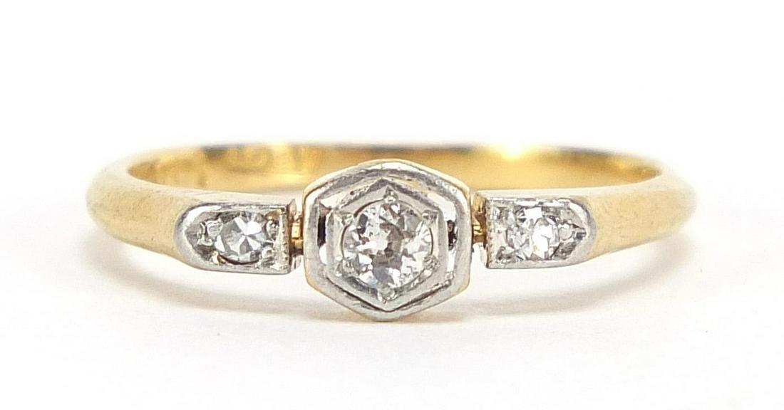Art Deco 18ct gold diamond three stone r...