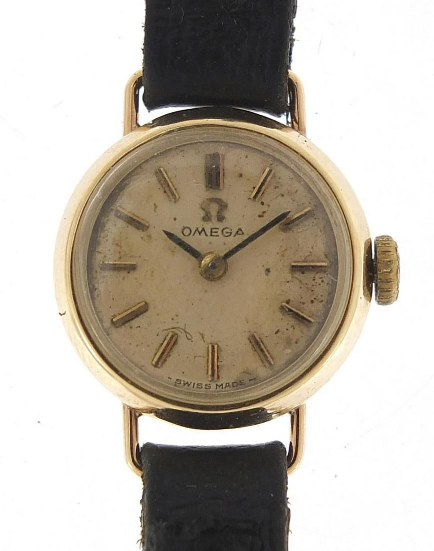 Omega, ladies 9ct gold wristwatch with a...