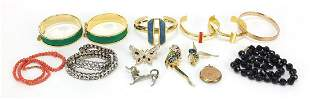 Antique and later jewellery including 19...