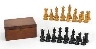 Boxwood and ebony Staunton chess set wit...