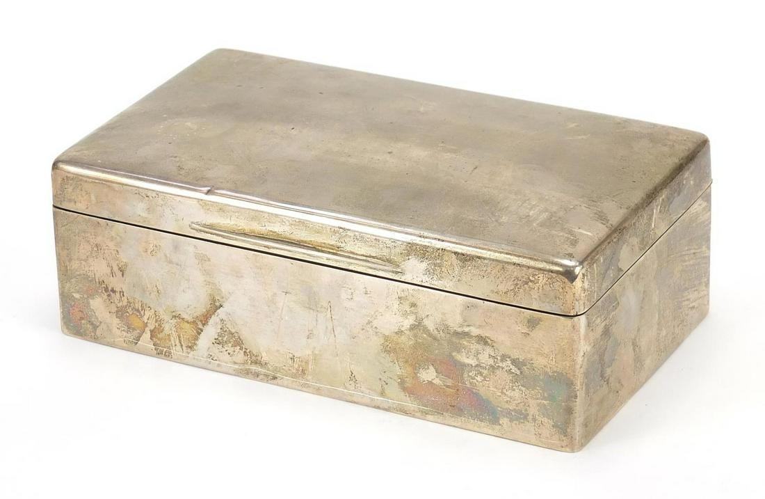 Goldsmiths & Silversmiths Co Ltd, George...