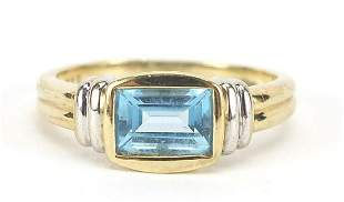 9ct gold blue stone ring, size L, 2.5g