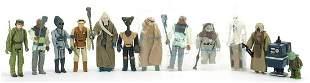 Thirteen vintage Star Wars action figure...