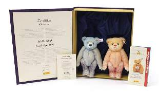 Steiff Hello 2000/Goodbye 1999 bear set ...