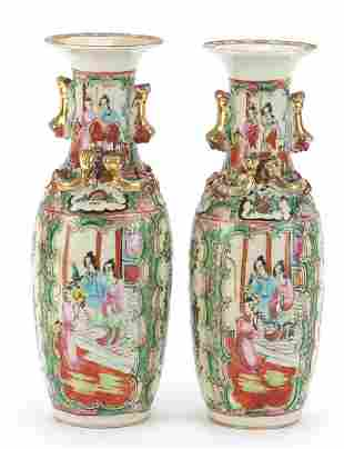 Pair of Chinese Canton porcelain vases w...