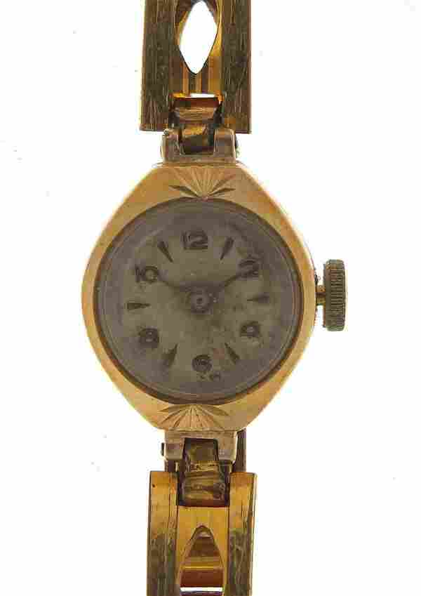 Ladies 9ct gold wristwatch with gold col...