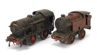 Two Hornby 0 gauge tinplate clockwork lo...