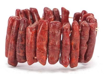 Red coral bracelet, 60.2g