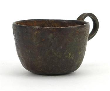 Patinated bronze cup, possibly medieval,...