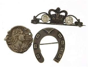 Silver jewellery comprising Victorian ho...