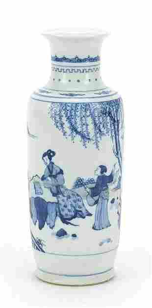 Chinese blue and white porcelain vase ha...