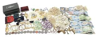 Vintage and later costume jewellery incl...