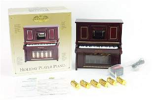 Gold Label Collection Holiday Player pia...