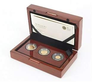 Elizabeth II 2017 sovereign three coin g...