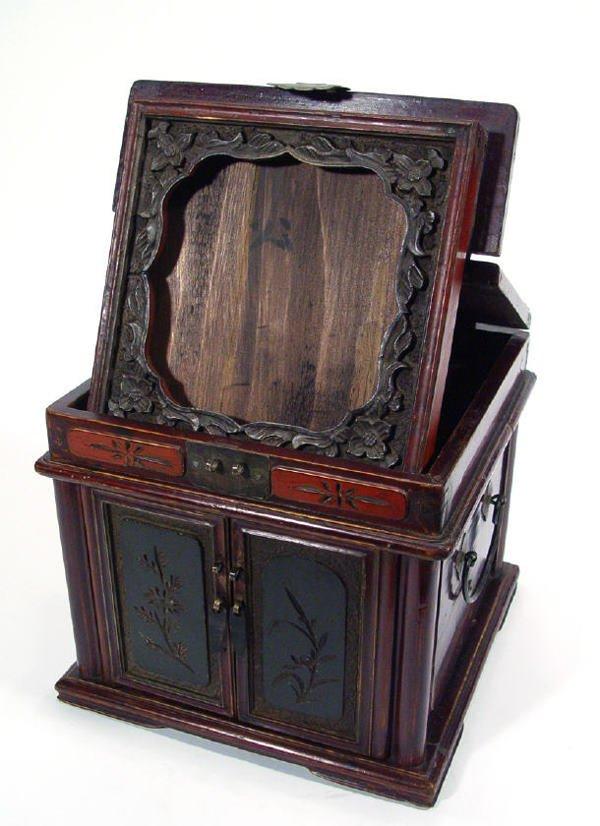 212: Oriental hardwood shaving stand with folding flora