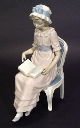 Hand Painted Lladro Porcelain Figurine 'A Good Boo