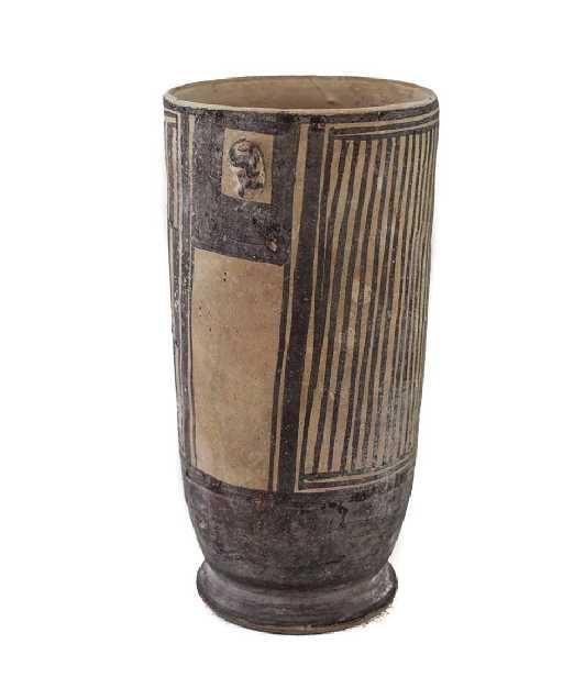 Pre Columbian Pottery Chancay Vessel Vase