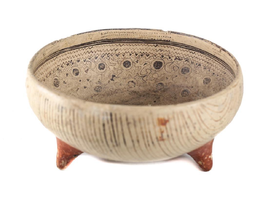 Pre-Columbian Pottery Tripod Bowl