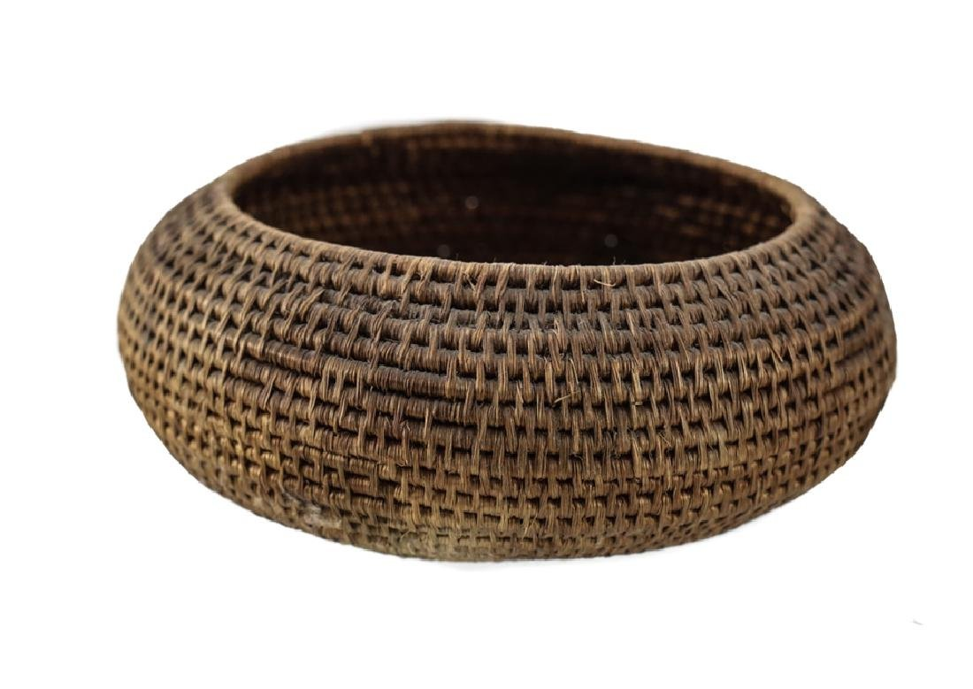 Native American Basket, coiled low bowl - 2