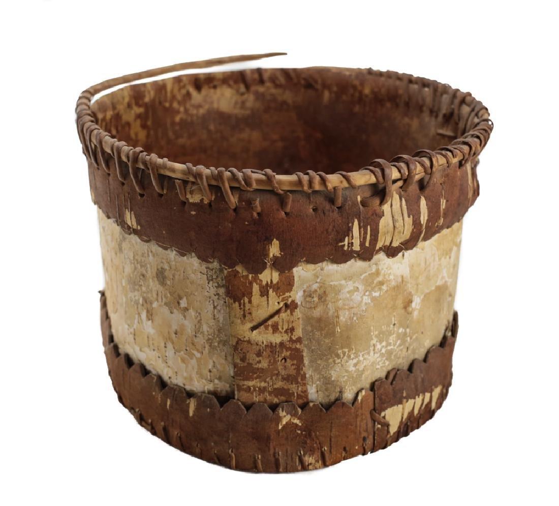 Native American CHIPPEWA Bark Basket