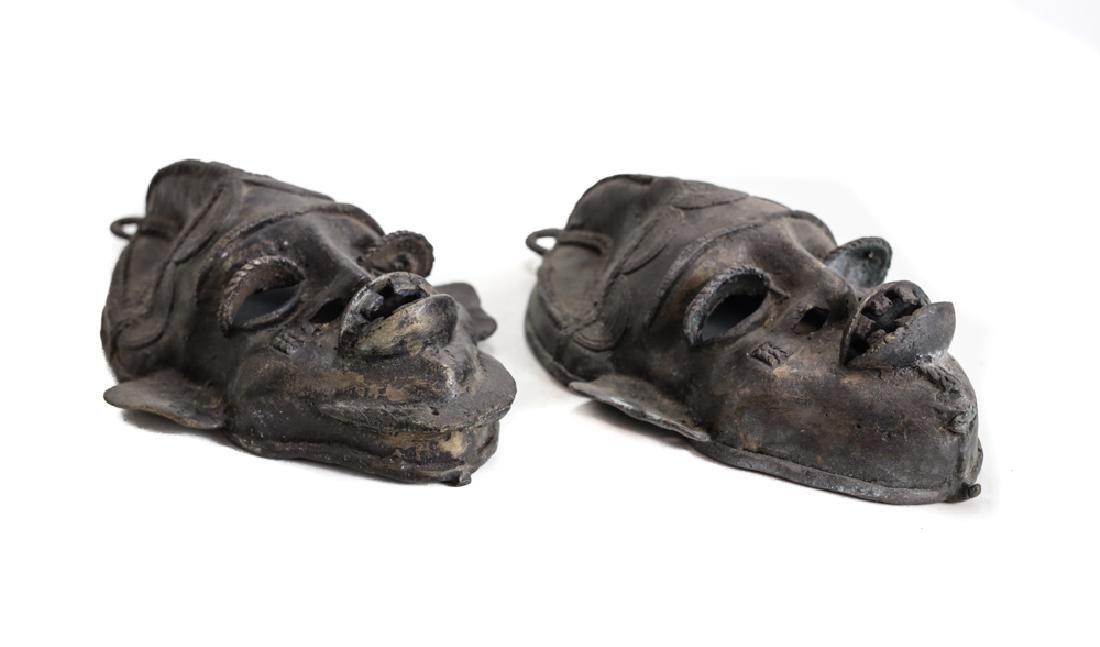 pair of African Bronze Mask,  Cast bronze - 2
