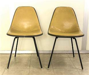 Pair Eames Era Herman Miller Fiberglass Chairs, Dowel