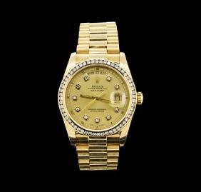 Mens 18KT Yellow Gold Rolex 1.65ctw Diamond DayDate